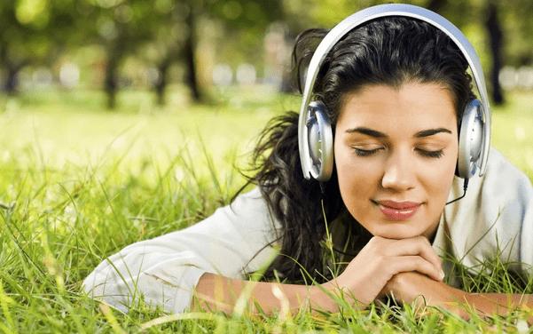 Manfaat dengarkan musik
